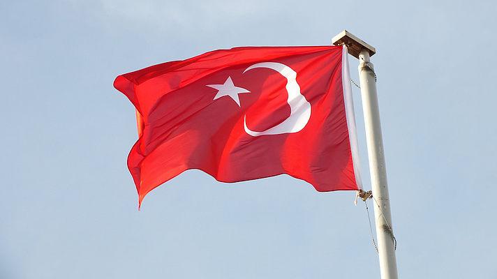 Войска Турции проводят операцию против курдов на севере Сирии