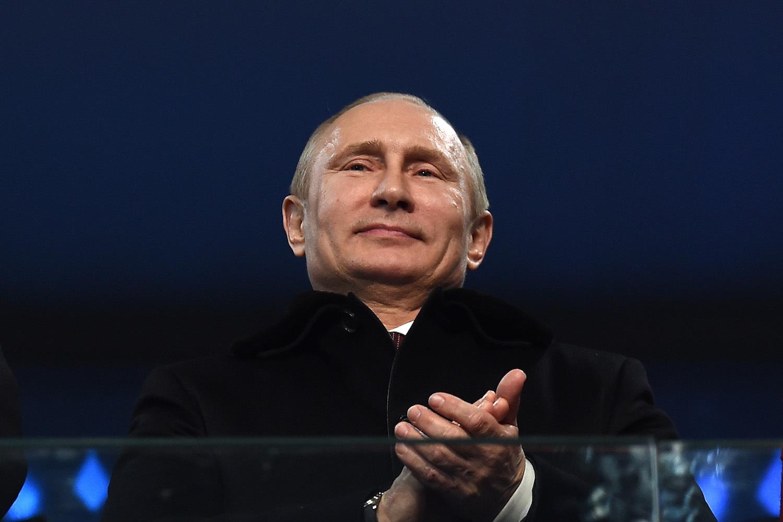 На чем базируется внешняя политика России?