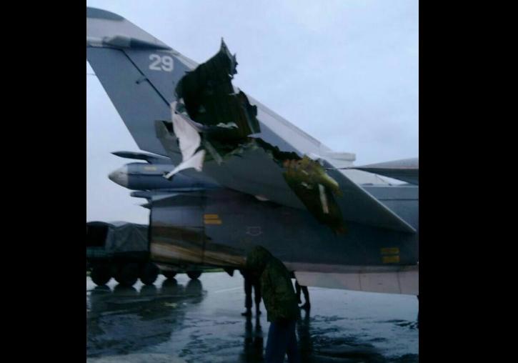 Опубликованы фото одного из поврежденных Су-24 на российской базе в Сирии