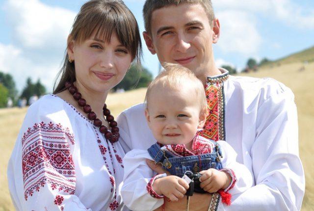 Украина превращается в нацию эмигрантов