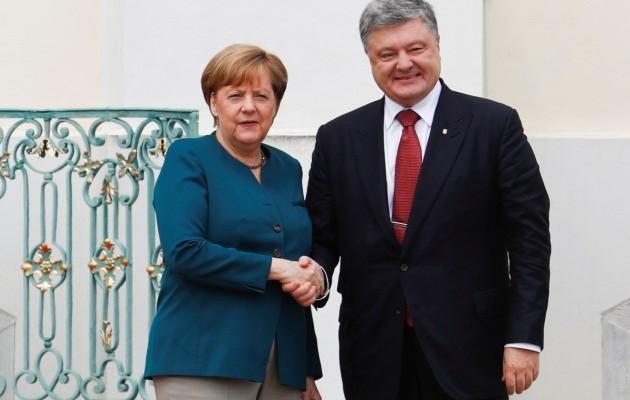 Порошенко проведет переговоры с Меркель по Донбассу