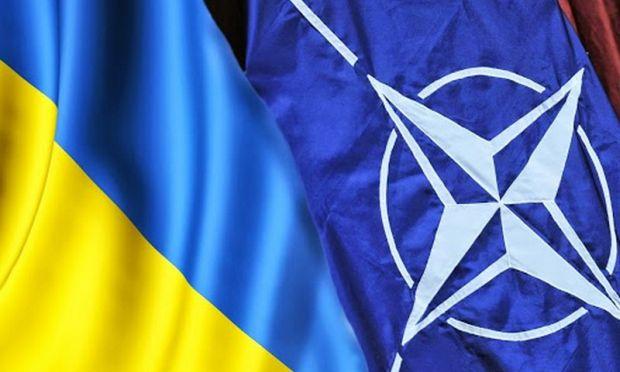 Венгрия заблокировала встречу комиссии Украина-НАТО на уровне министров обороны