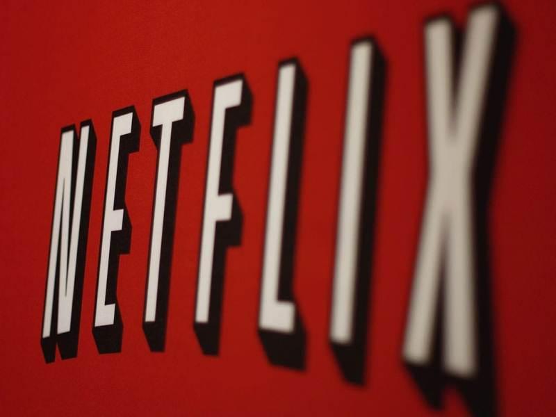 Netflix обнародовал список сериалов, которые смотрят «запоем»