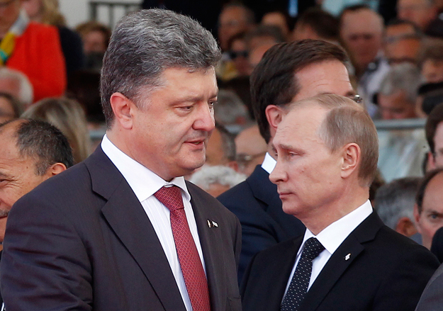 Порошенко позвонил Путину по случаю годовщины подписания «Минска»