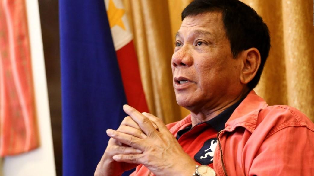 Як Філіппіни відходять від США та потрапляють в орбіту Китаю і Росії