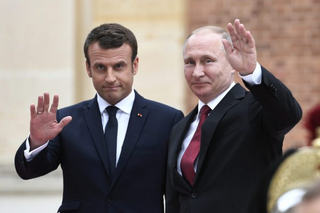 Макрон и Путин обсудили ситуацию в Украине