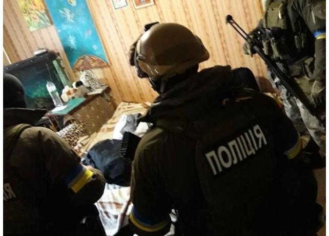 Задержаны бандиты, которые подорвали полицейских в Днипре