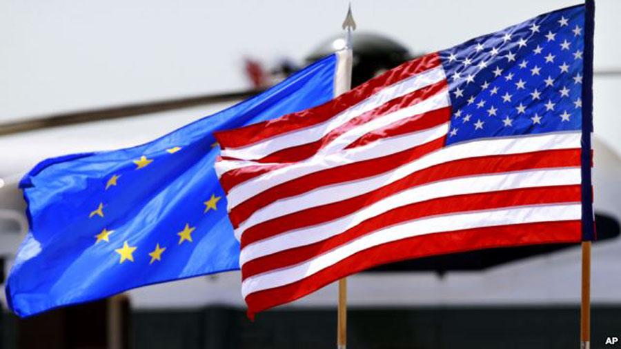 Юнкер обещает жесткий ответ США за введение пошлин на сталь и алюминий