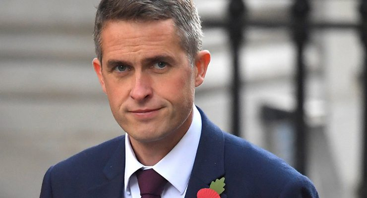 Министр обороны Великобритании: РФ должна отойти и заткнуться