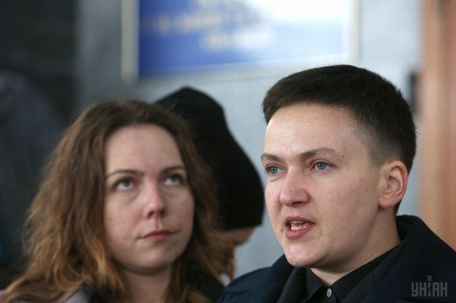 Савченко обращалась к офицерам ВСУ с просьбой подготовки терактов – Луценко