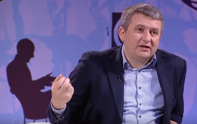 «Дело Савченко» может похоронить второе президентство Порошенко, — Романенко