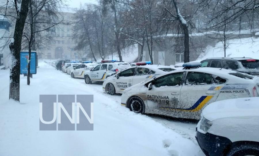 В правительственном квартале Киева дежурит более 20-ти экипажей полиции