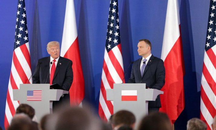 В Варшаве отрицают, что США остановили контакты с Польшей