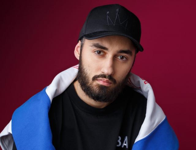 Известный певец из России прокомментировал запрет на въезд в Украину