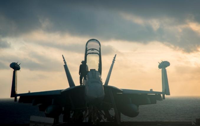 Искусственный интеллект поможет американским самолетам глушить радары