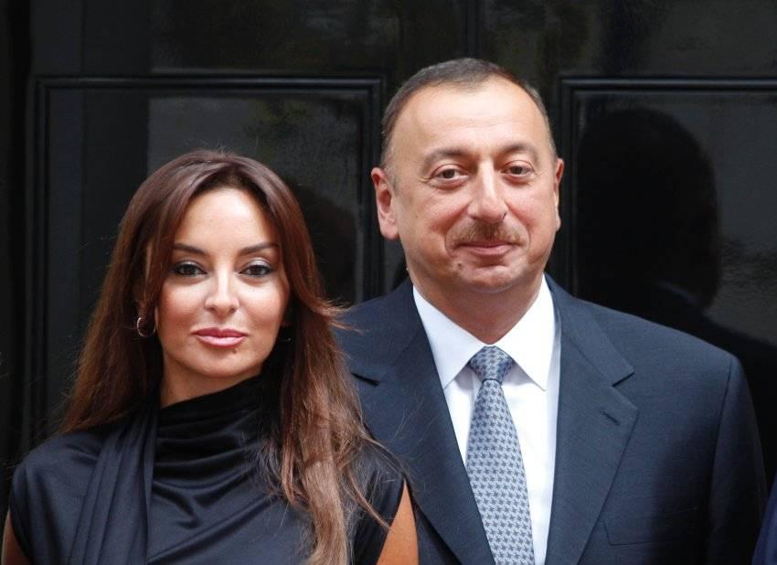 На выборах президента Азербайджана побеждает Алиев с 83%, — экзит-полл