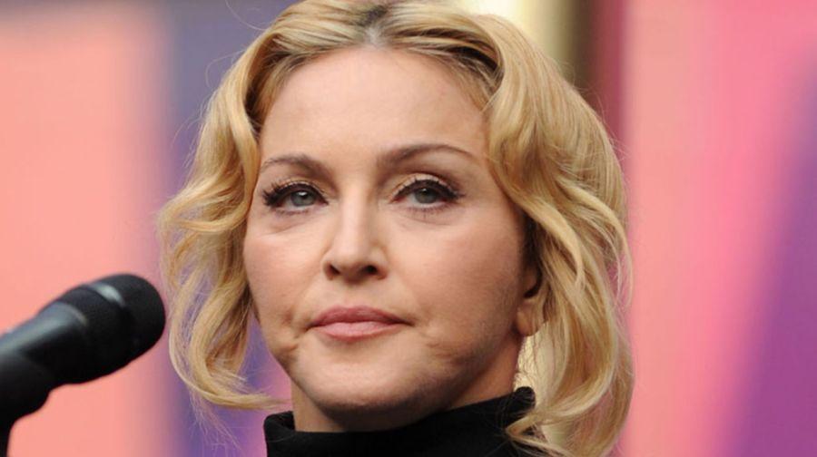 Мадонна проиграла суд: ее личные вещи и любовное письмо Тупака Шакура выставят на торги