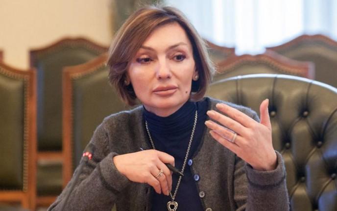 Суд отстранил от должности замглавы Нацбанка Рожкову