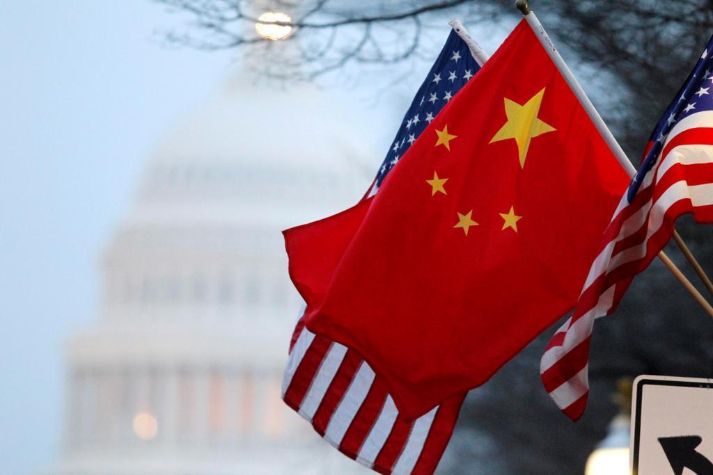 Китай начинает ответную торговую войну против США
