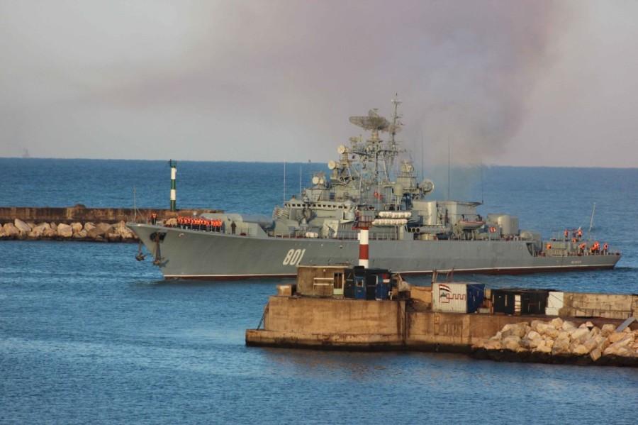 Российские корабли покинули сирийский порт Тартус из-за возможного авиаудара