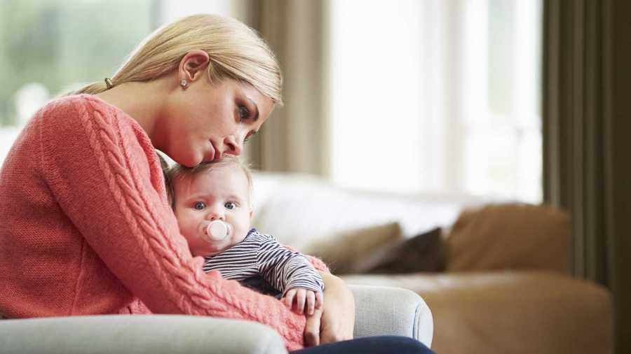 Депрессию матери связали с интеллектом детей