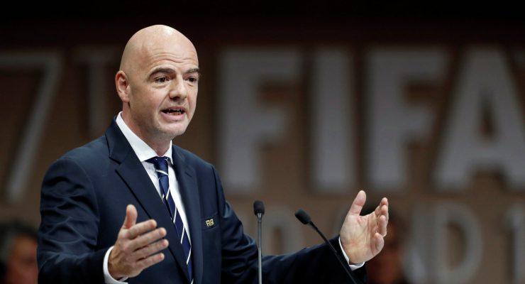 ФИФА может запретить аренду игроков в футболе