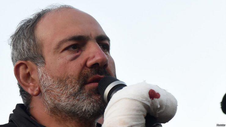 Пашинян пообещал не прекращать протесты до назначения премьером Армении