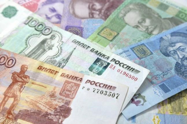 Как обвал российского рубля может повлиять на курс гривни