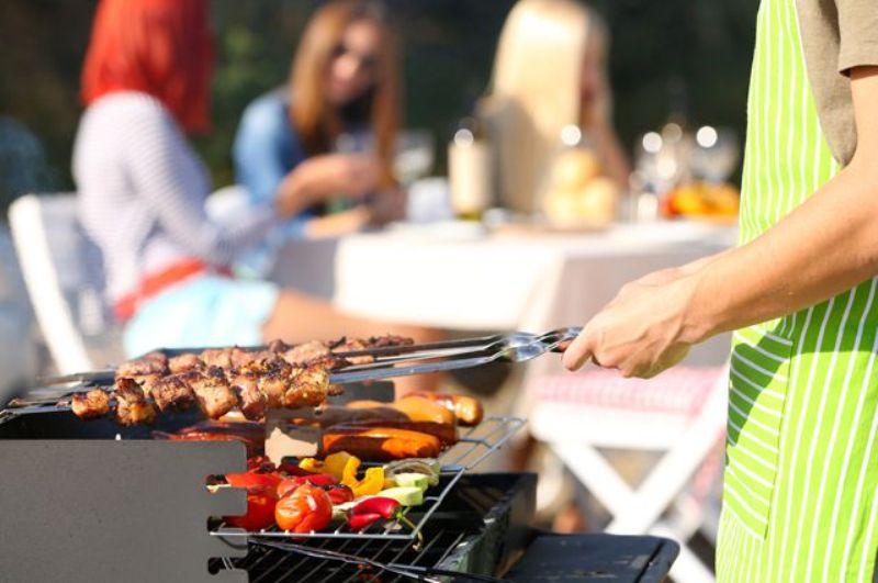 Цены на мясо и овощи рекордно подскочили на майские праздники