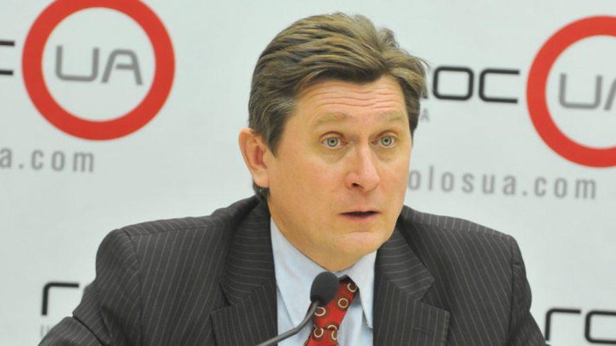 Фесенко рассказал, когда Порошенко может решиться на переход к парламентской республике