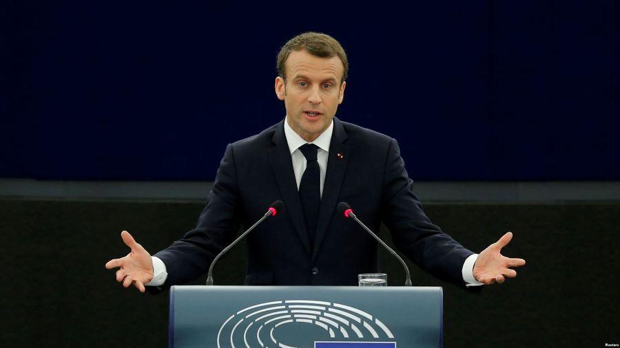 Макрон назвал условия снятия санкций с России