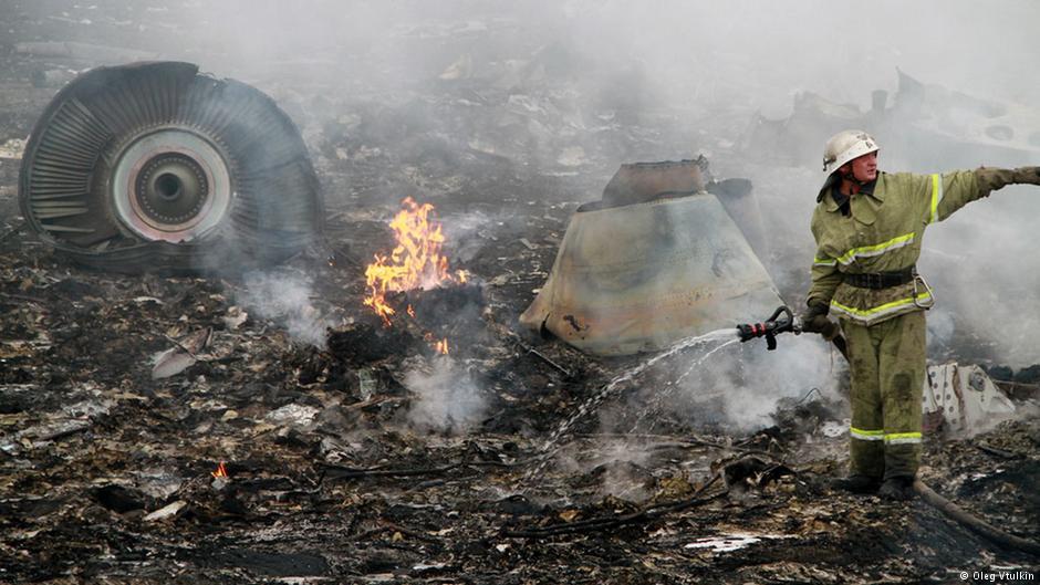 Австралия выдвинула России требование выплатить компенсации семьям жертв катастрофы MH17