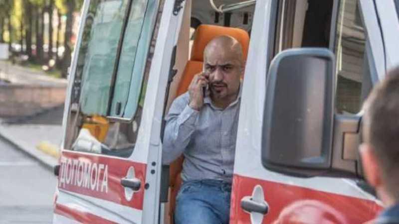«Ест и пьет через трубочку»: брат Мустафы Найема рассказал о его состоянии