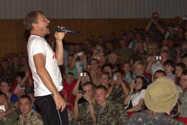 После шутки Олега Скрипки о России зрители ушли с концерта