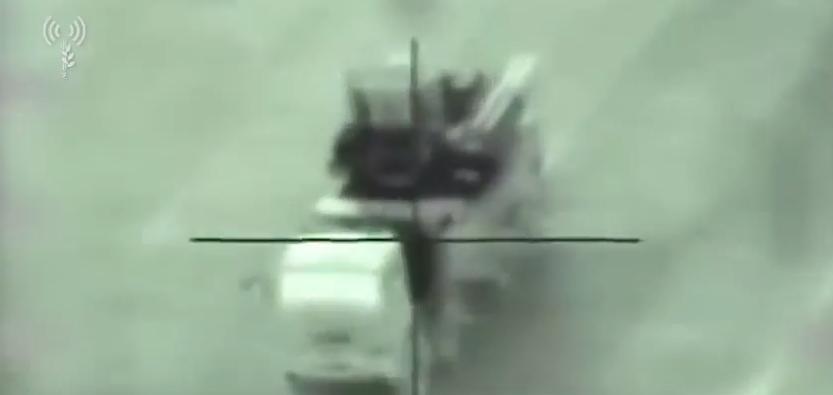 Израиль показал впечатляющее видео ракетного удара по установке ПВО в Сирии