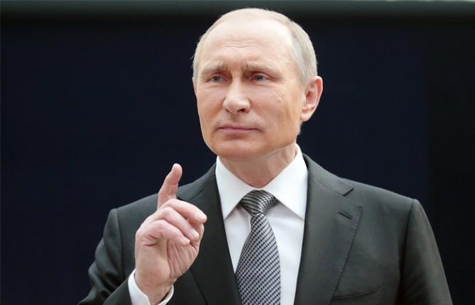 Путин наябедничал Макрону на Украину