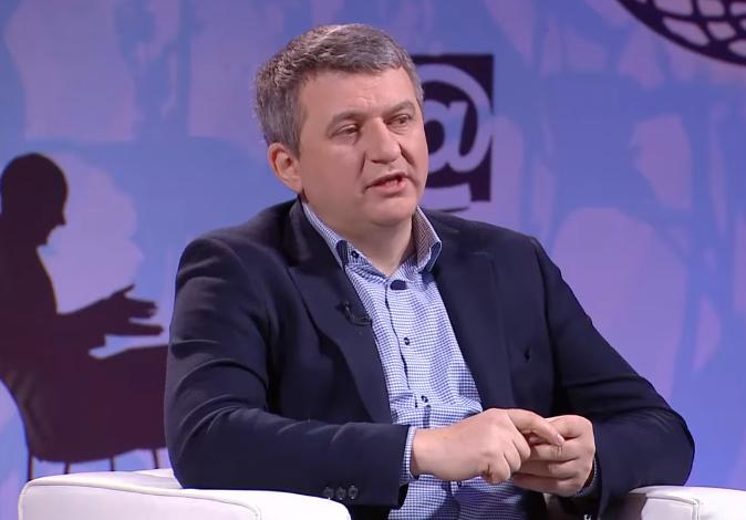 Гастарбайтеры привели в Украину столько же денег, сколько крупный бизнес уплатил налогов, — Романенко