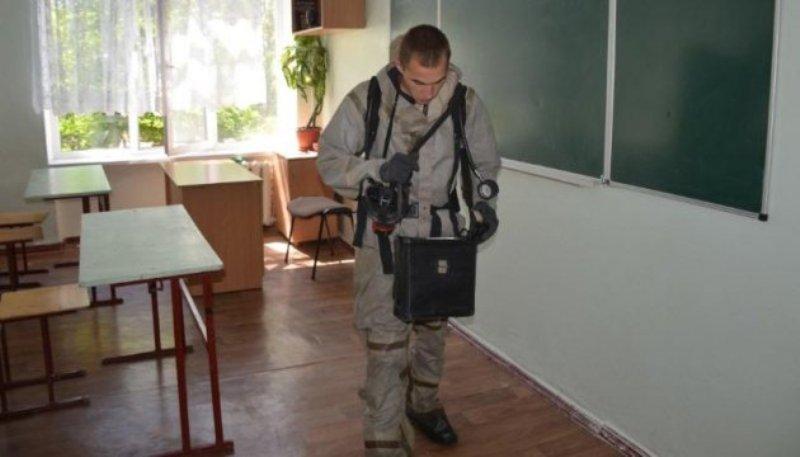 В школе Николаева распылили неизвестный аэрозоль: эвакуировали 400 детей