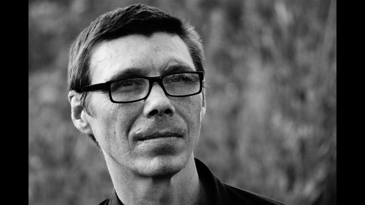 Основателя культовой российской рок-группы отправили в психбольницу