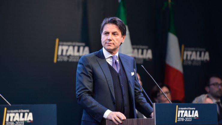 Премьер Италии предложил пересмотреть санкции против РФ