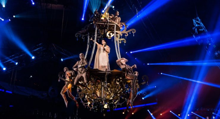 Ани Лорак погрязла в долгах из-за шоу в России
