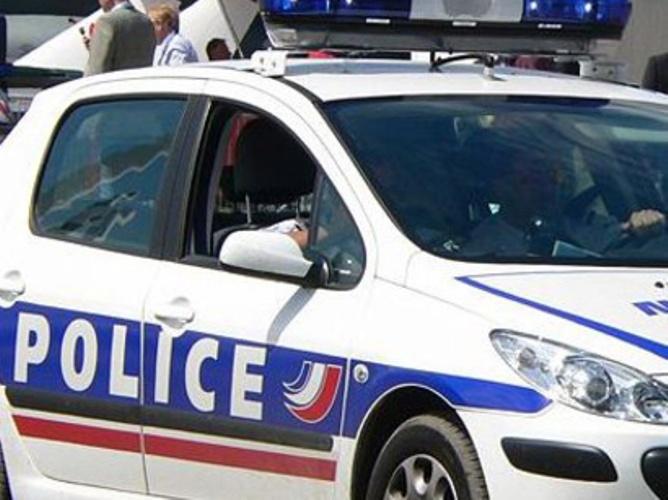 В Париже правоохранители освободили заложников