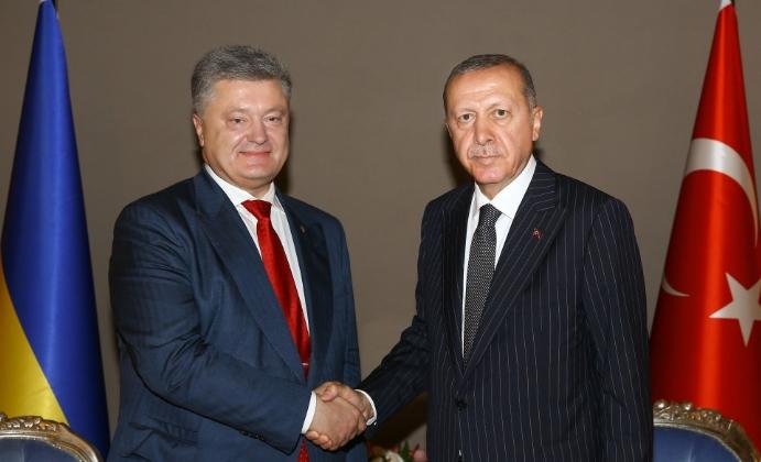 Порошенко провел в Турции переговоры с Эрдоганом