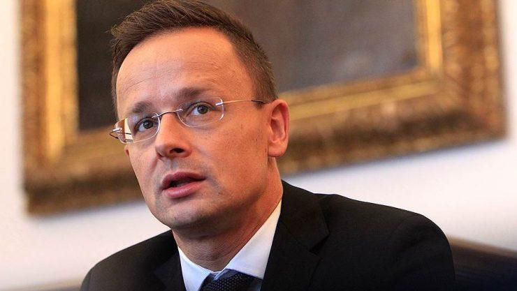 Отношения с Украиной значительно ухудшились, — Сийярто