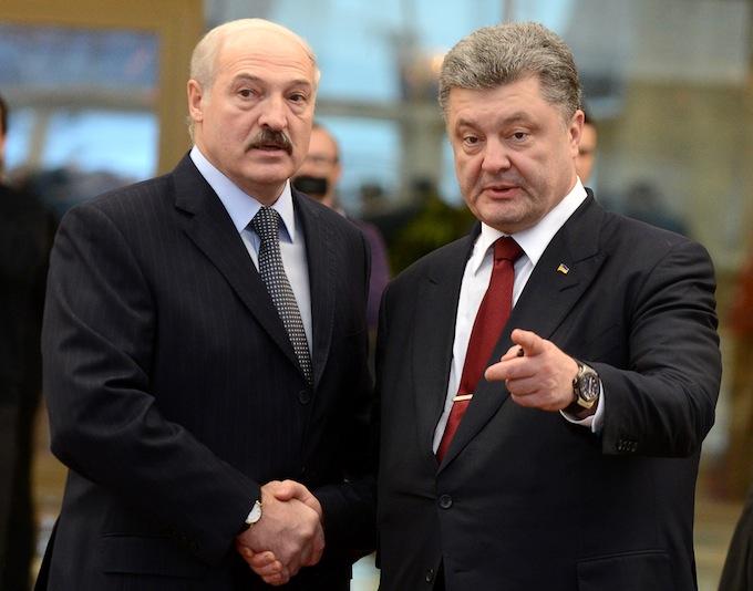 Лукашенко пообещал не приходить в Украину на танках