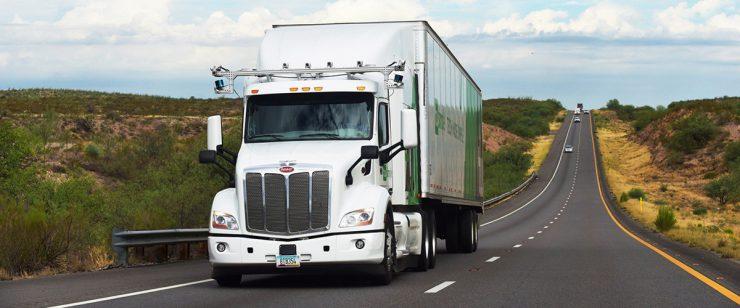 Беспилотные грузовики уже начали зарабатывать деньги на дорогах США