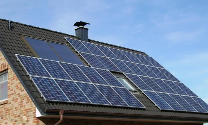 Солнце и ветер становятся самыми дешевыми источниками энергии