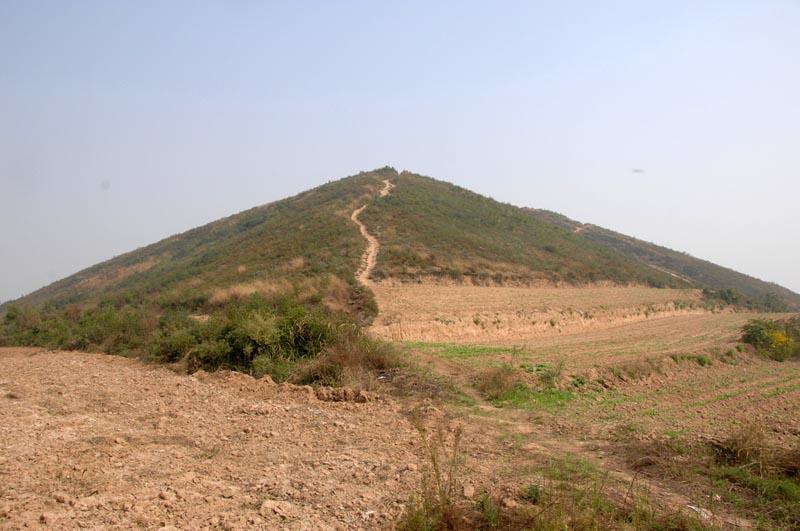 Раскрыта тайна строительства древних китайских пирамид