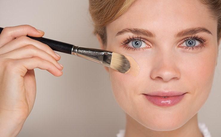 Как сделать правильный макияж дома пошагово