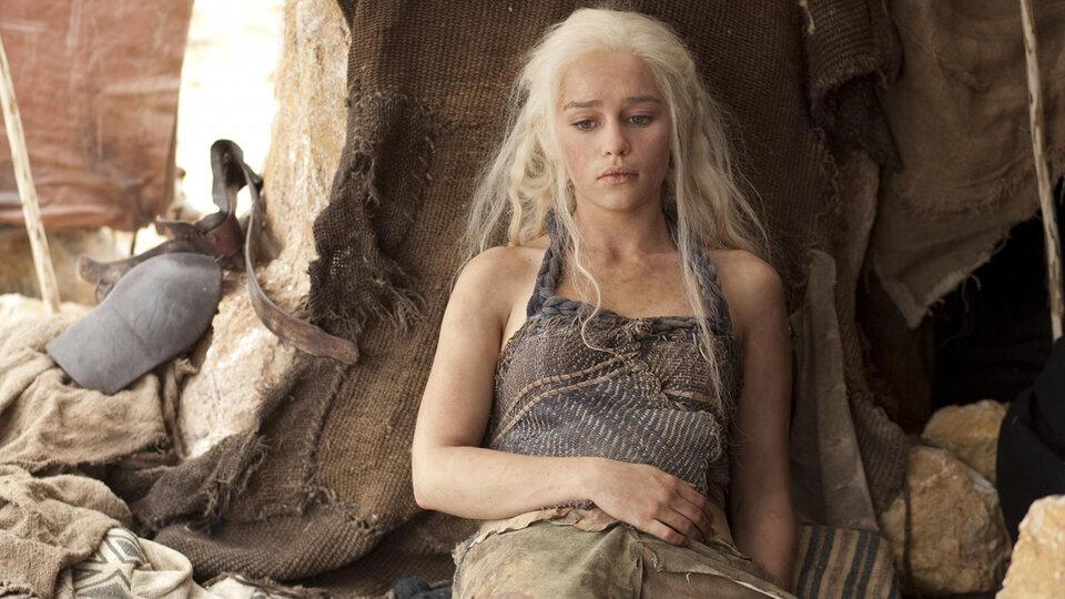Эмилия Кларк рассказала, как боролась за свою жизнь во время съемок сериала «Игра престолов»